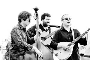 Trio Bele Noci